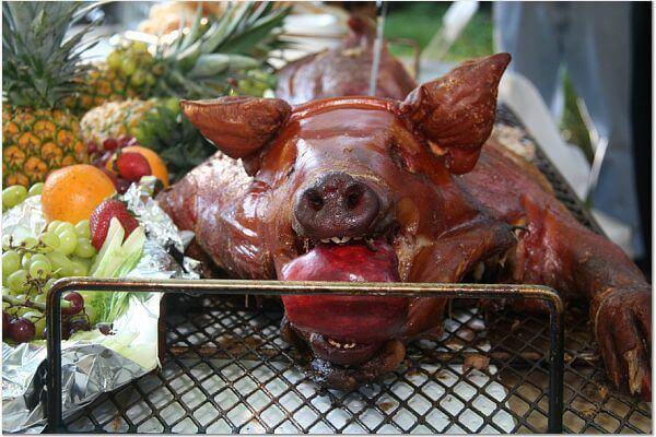 Fun Wedding Food Ideas Bbq Saladstraditional
