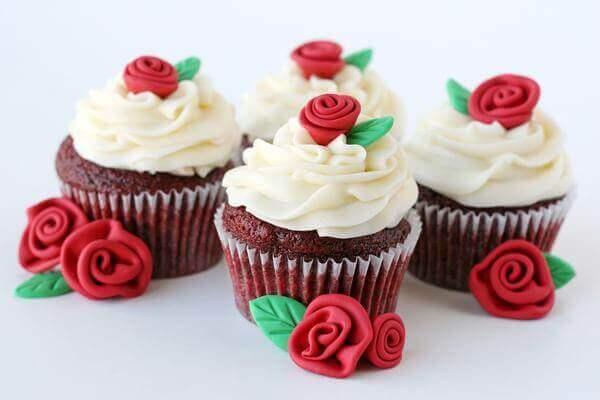 Red Velvet Cupcakes Roses
